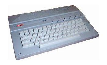 Atari 65XE (unboxed)